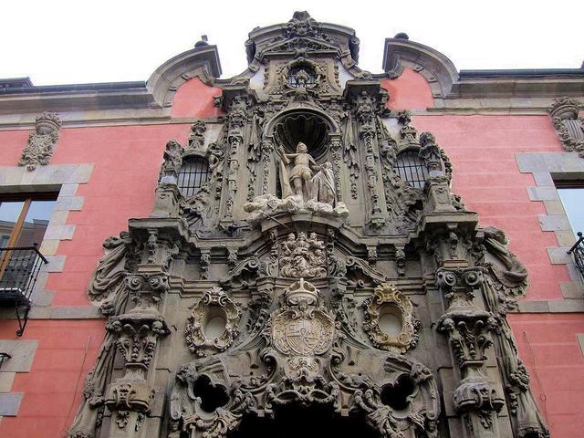 """El Hospicio de San Fernando, el edificio Telefónica y la Gran Vía: de como lo """"viejo"""" da paso a lo nuevo"""
