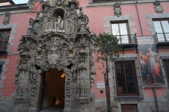 Entrada principal del Museo de Historia de Madrid. Foto @Unsereno