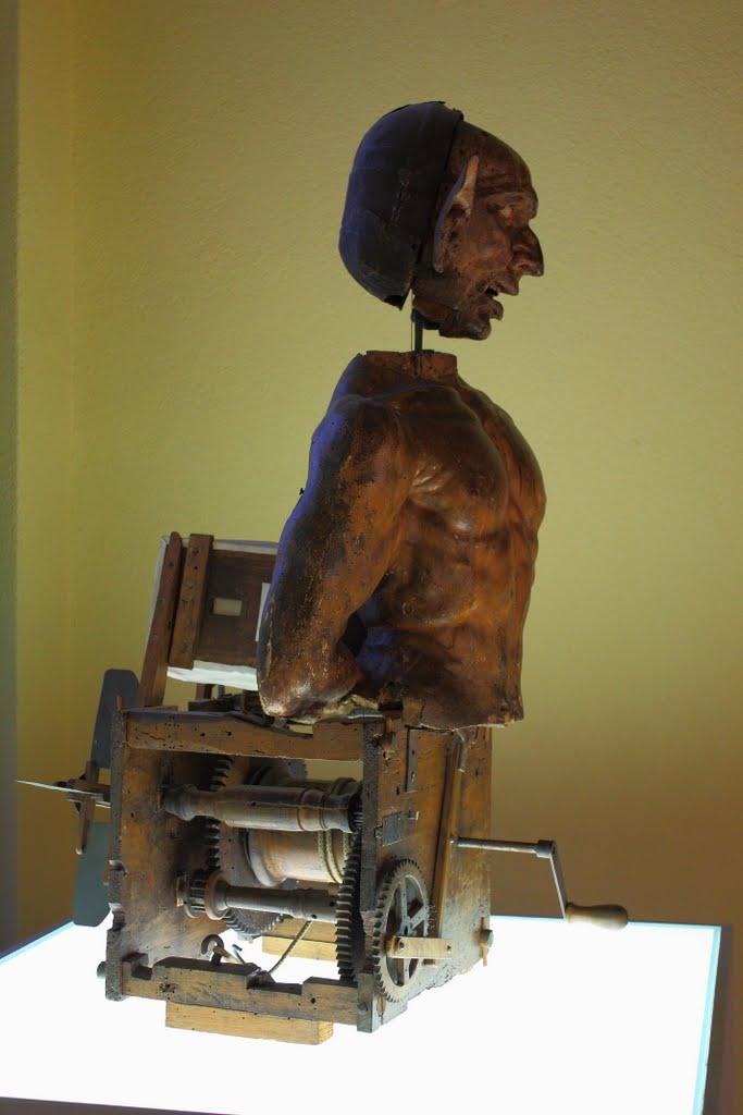 Anónimo: Figura autómata. Milán, Castillo Sforza.