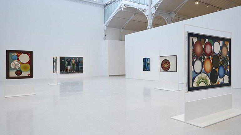 Vista de sala de la exposición Andrzej Wróblewski. Verso / reverso, 2015. Foto MNCARS.