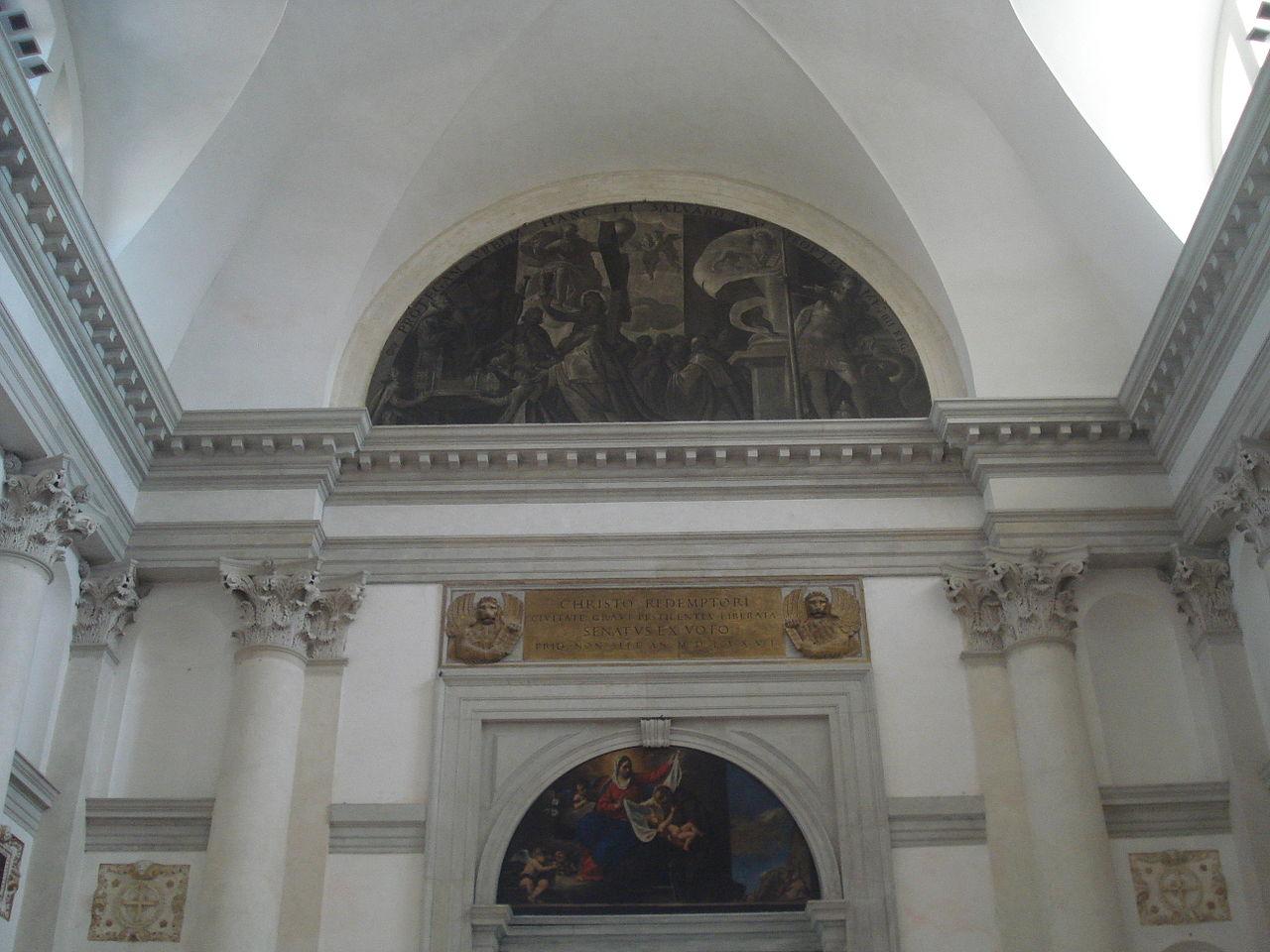 1280px-Basilica_del_Santissimo_Redentore_Interior4